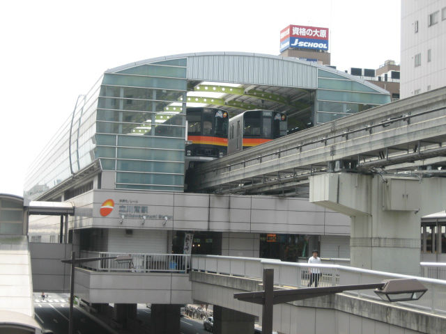 モノレール駅施設
